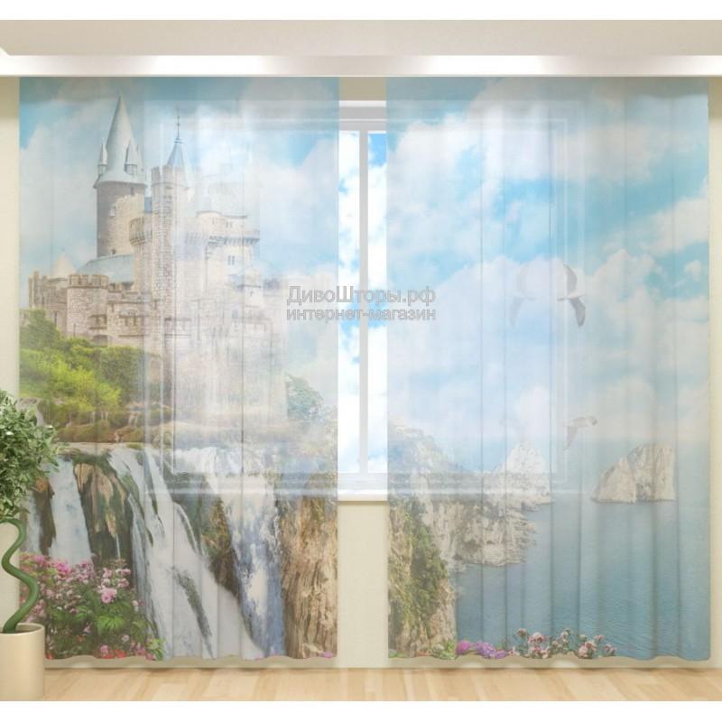 Фототюль Замок с водопадом